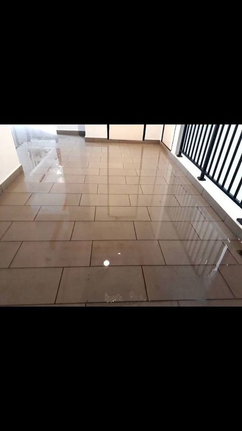q the hall way become small swimming pool