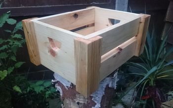 Small Storage Box From Pallet Wood