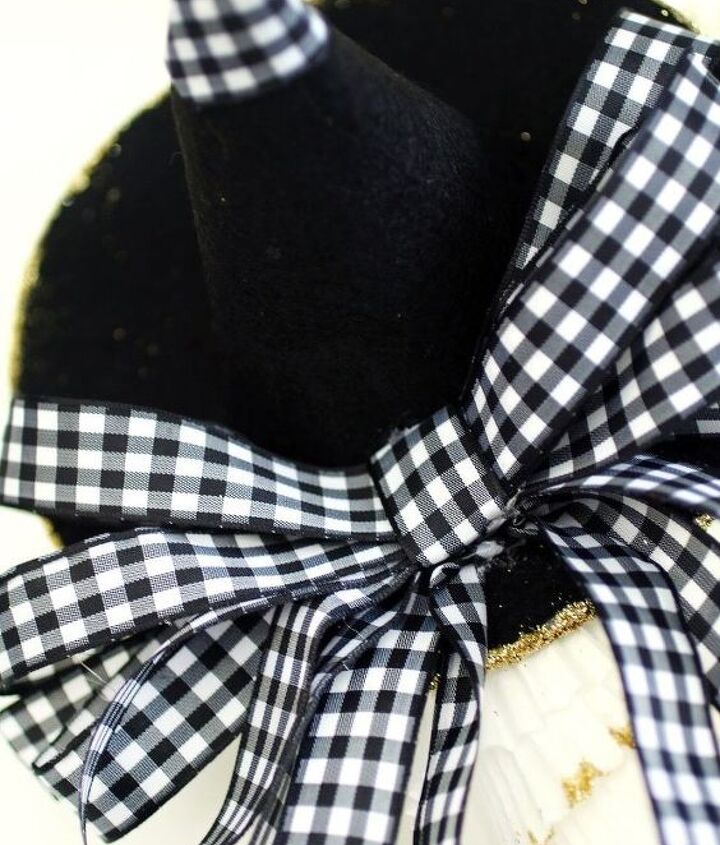 neutral witch s hat cupcake liner wreath