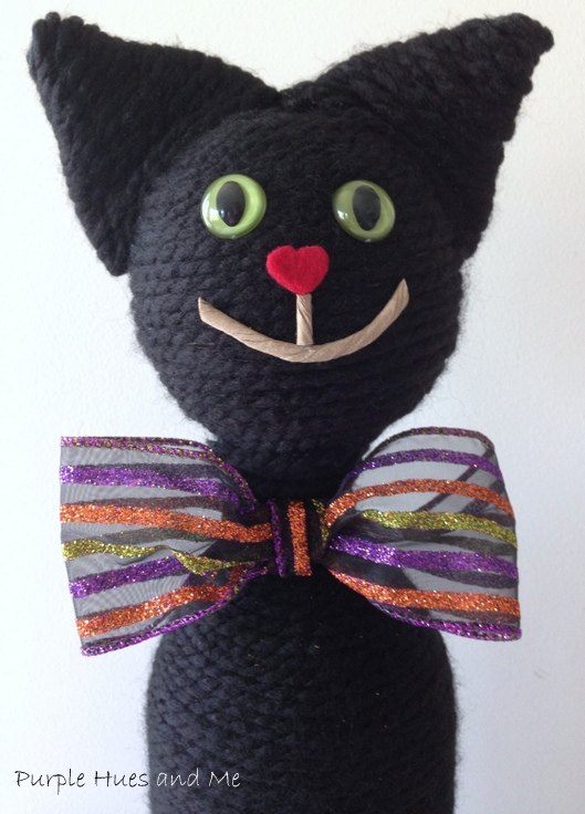 recycle a wine bottle into an adorable cat for halloween