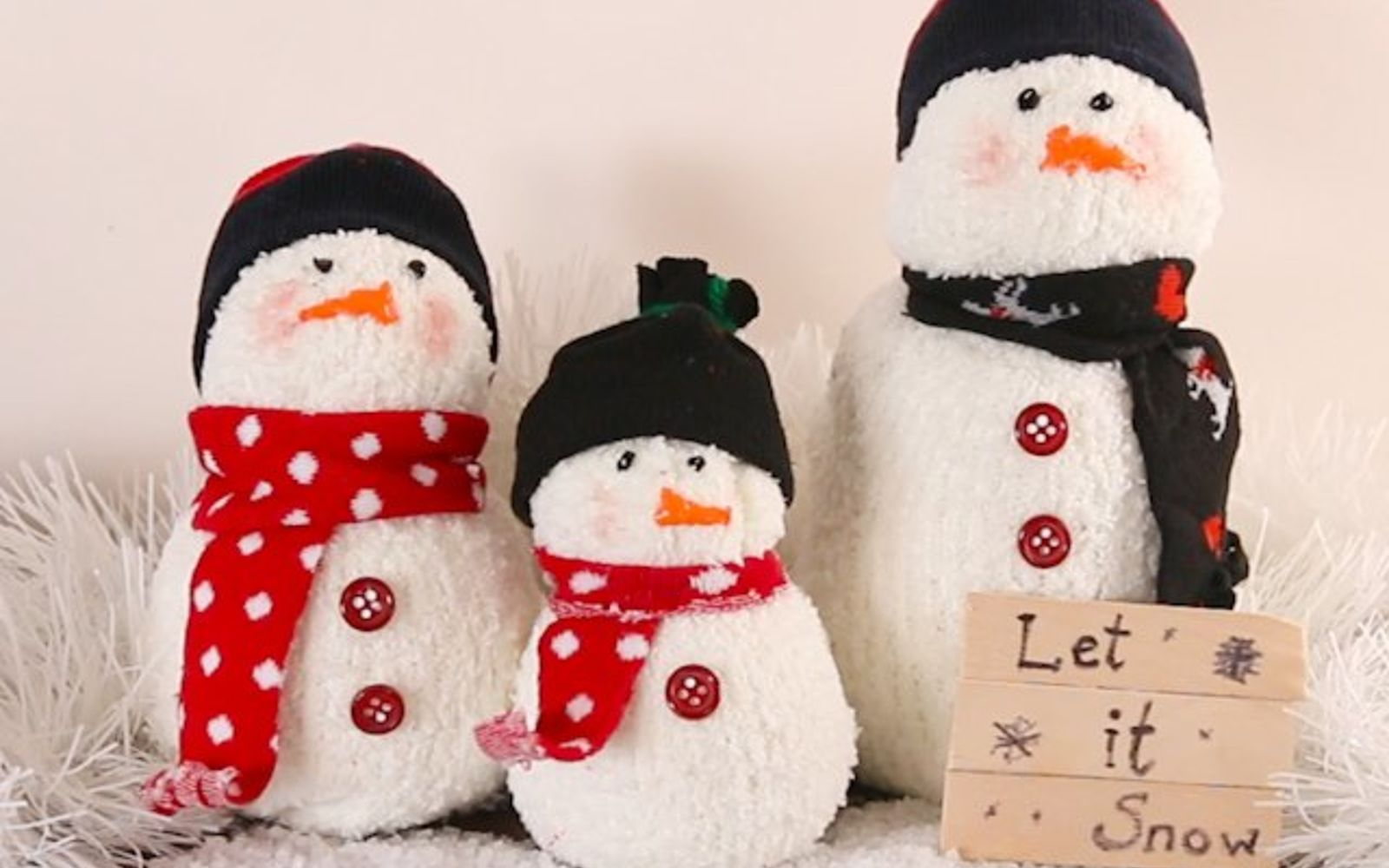 s upcycle your old clothing items for these great ideas, Step 9 Display your snowmen