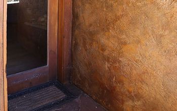 Staining & Texturizing Concrete Walls