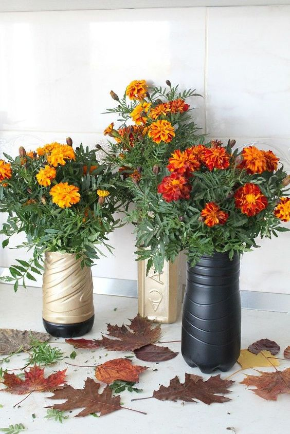 Diy Recycled Flower Vase With Plastic Bottle Hometalk