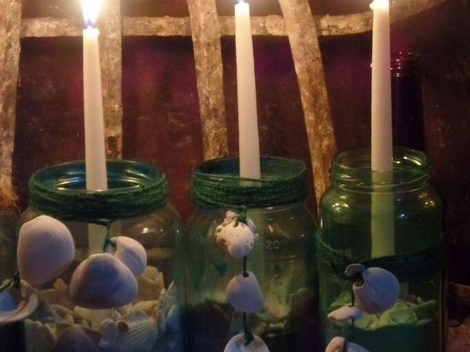 color jars with glue food coloring