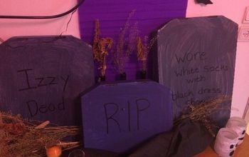 a peak at my halloween decor