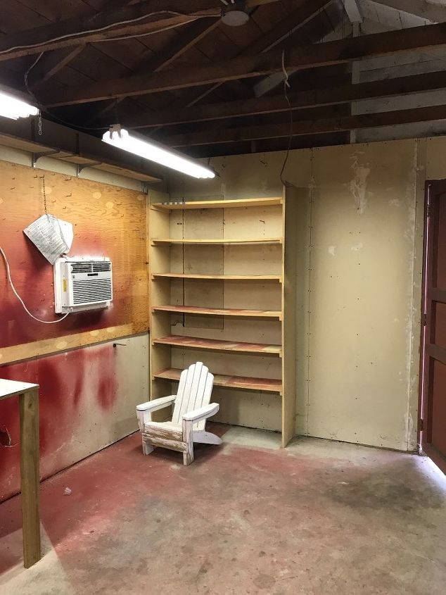 q how can i turn a single car garage into a she shed craft room