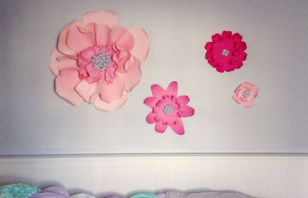 19 easy paper flower diy projects hometalk 19 easy paper flower diy projects mightylinksfo