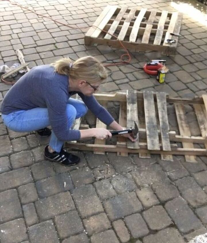 s 3 fantastic step by step ideas what to do with pallets, Step 3 Reinforce the front of the swing