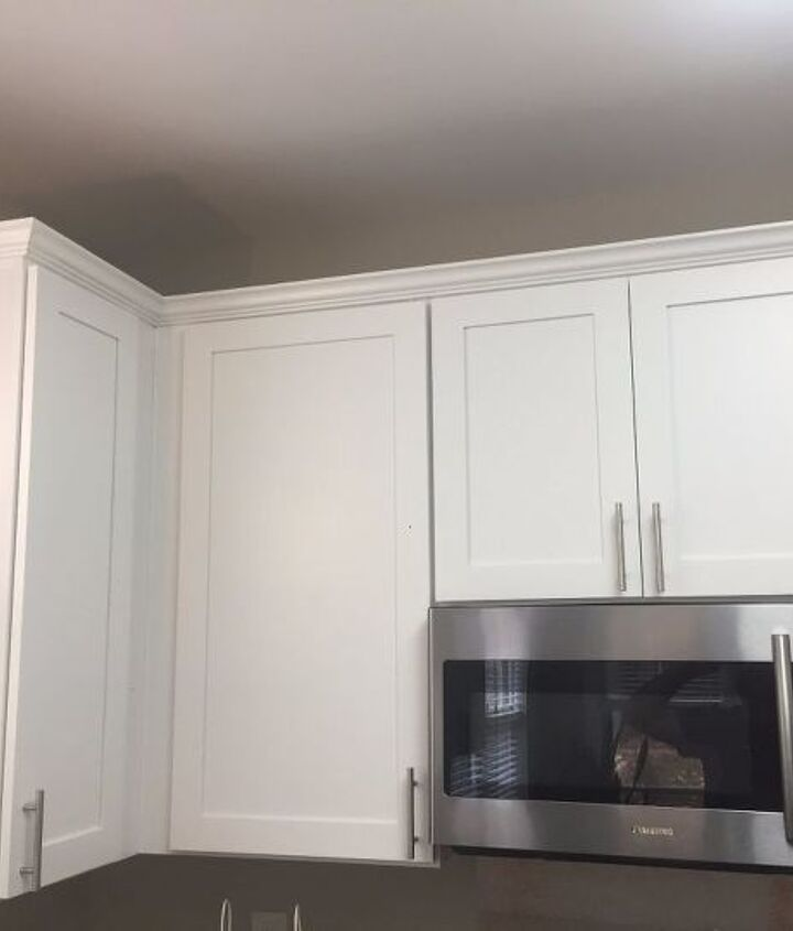 crown molding kitchen cabinets kitchen cabinet crown molding make them fancy hometalk 6306