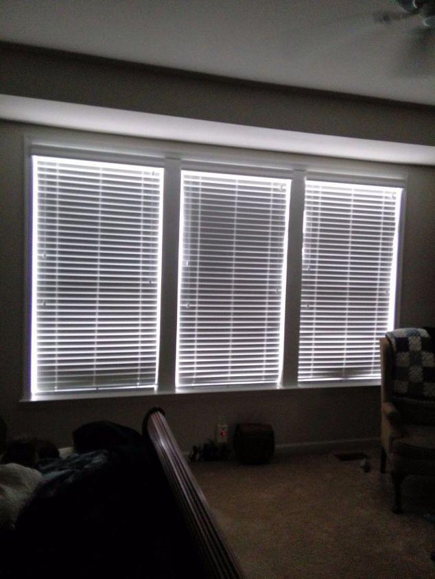 q bedroom windows