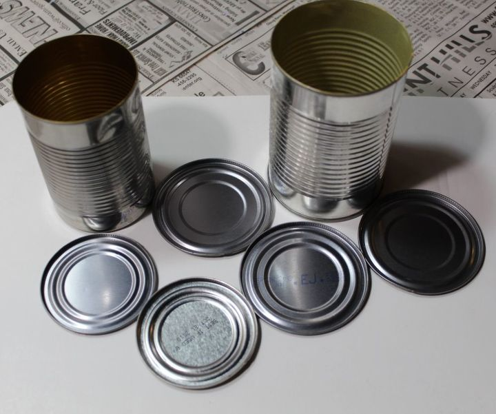 Tin can lids