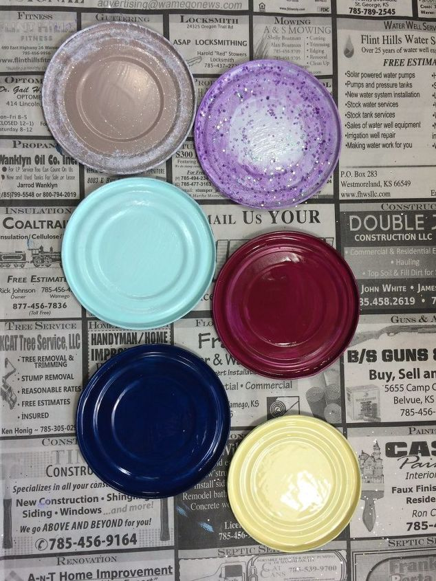Paint lids in different colors