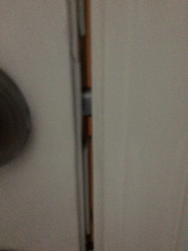 q what helps to seal an poorly hung front door