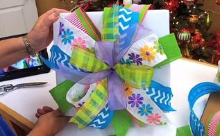 the trick to perfect christmas bows every time