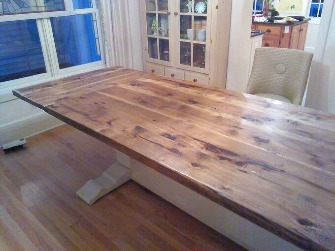 an extremely large dining table, Table with leaf inserted
