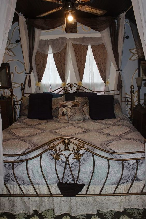 Pic taken after I updated curtains & bedding