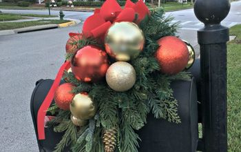 Decorate Your Mailbox for Christmas!