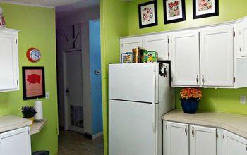 Kitchen Wallpaper Transformation
