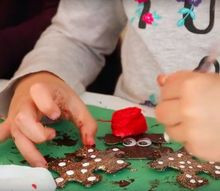 make a reindeer christmas ornament from puzzle pieces