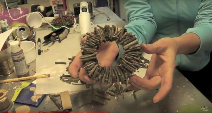 twig wreath ornaments craft tutorial christmas crafts craft klatch