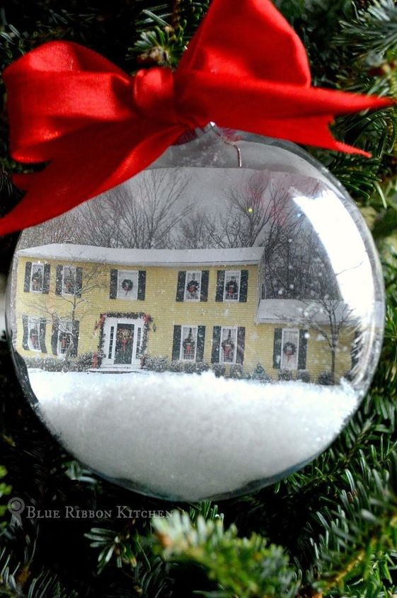 s 26 adorable ornament ideas to get you really excited for christmas, The Home for the Holidays Ornament