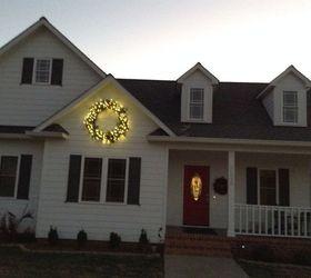 A Giant Christmas Wreath Hometalk