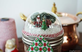 DIY Mason Jar Christmas Snow Globe