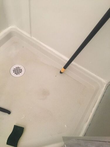How Do I Get A Fiberglass Shower Floor Clean Hometalk