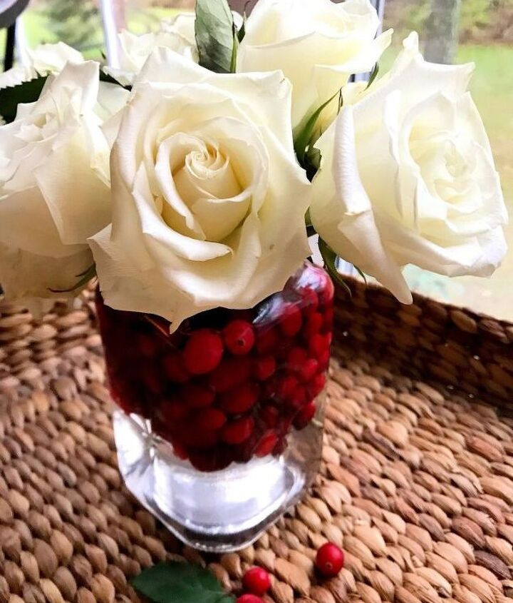 cranberry christmas flowers