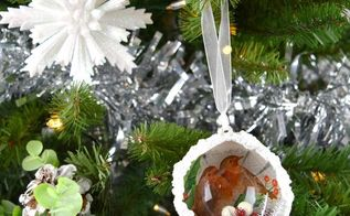 create a beautiful christmas ornament using mod podge and napkins