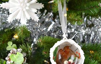 Create a Beautiful Christmas Ornament Using Mod Podge and Napkins