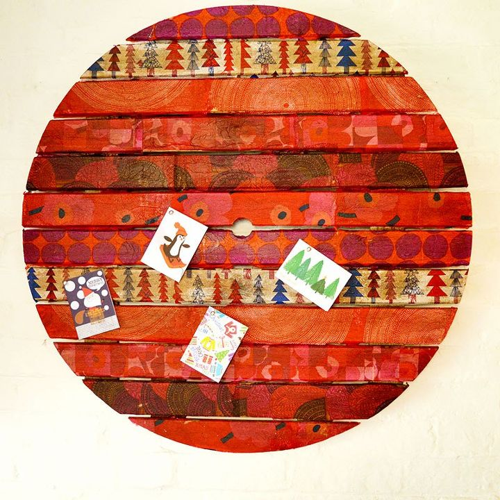 upcycle an old table top into unique christmas wall art