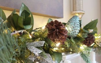 A Beautiful Stress-Free Christmas Mantel in Under 30 Minutes