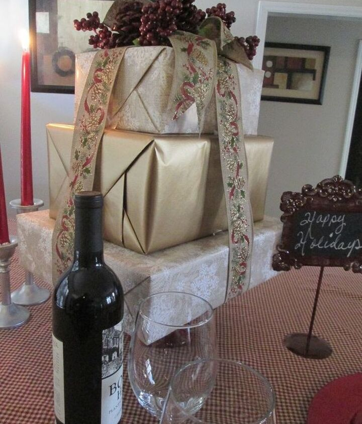 make a present tree center piece for all occasions