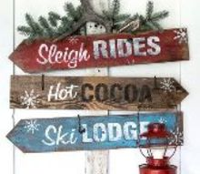 scoring 3 christmas signs in one with this directional sign design
