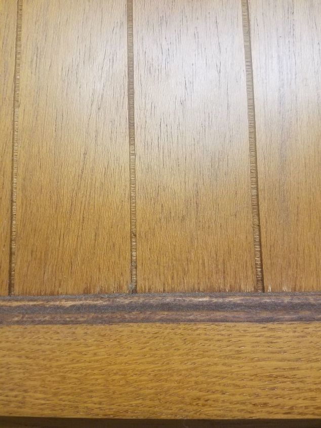 q how to clean kitchen cabinets