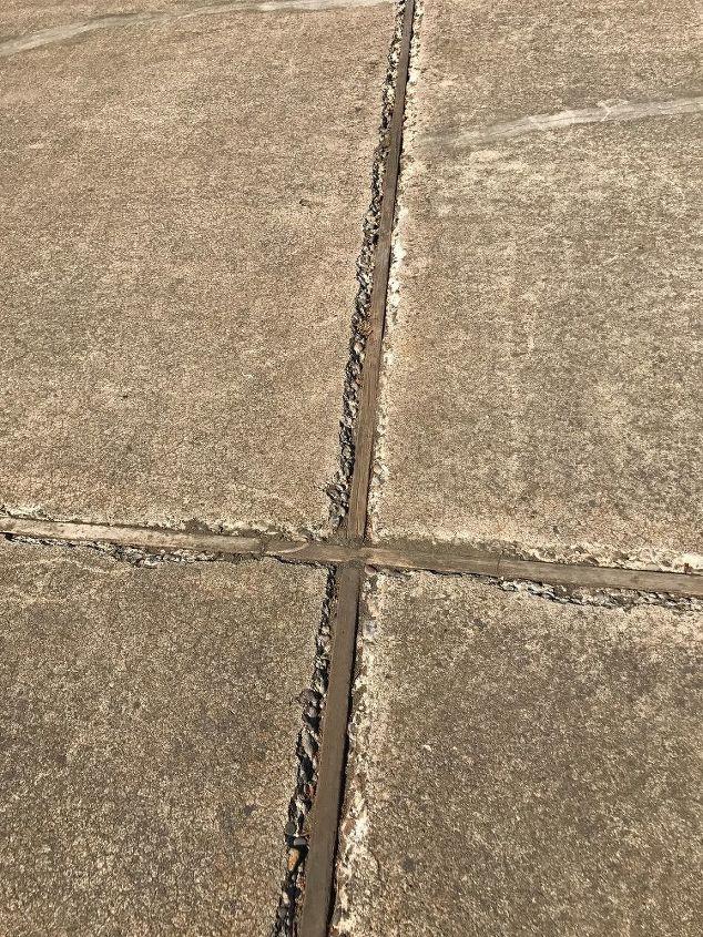 q how to repair cracking concrete edges