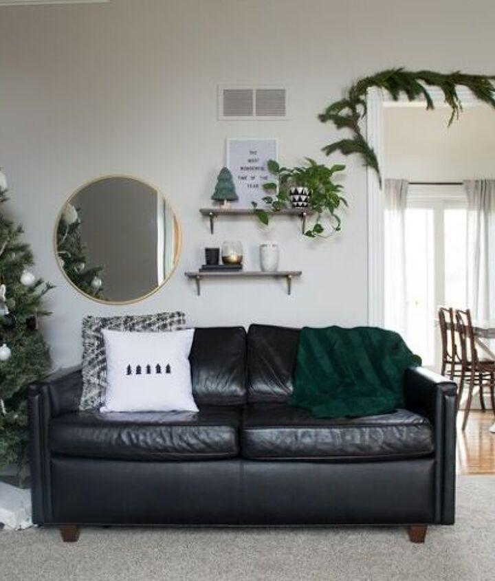 s 12 christmas home tours you re so going to fall for, Modern Christmas Home Tour