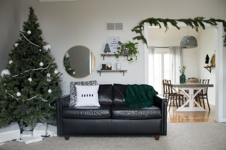 s 12 christmas home tours you re so going to fall for, Modern Christmas Home Tour