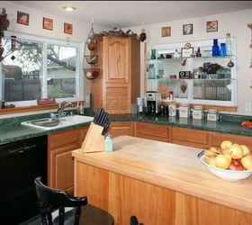 Superieur Q What To Do With A Kitchen With Wood Cabinets And Green Countertops