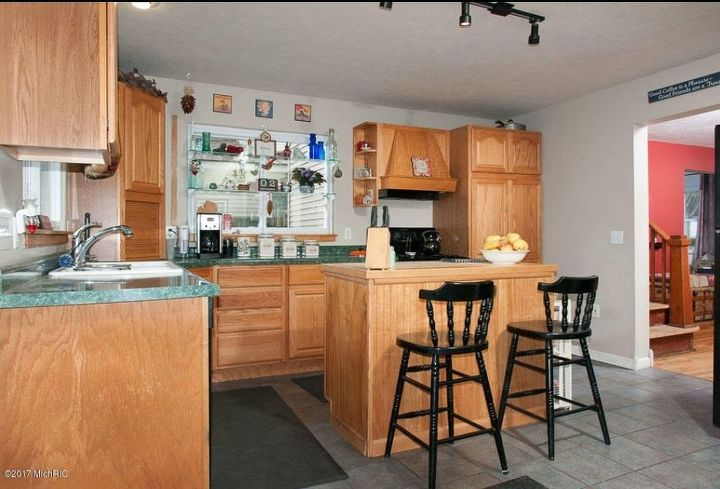 What To Do With A Kitchen With Wood Cabinets And Green Countertops Hometalk