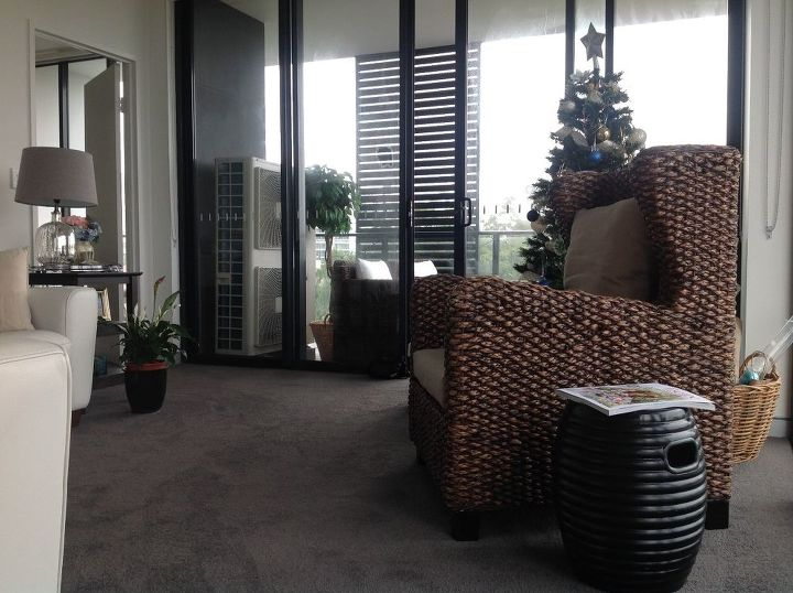 q what kind of coffee and end tables should i add to my living room