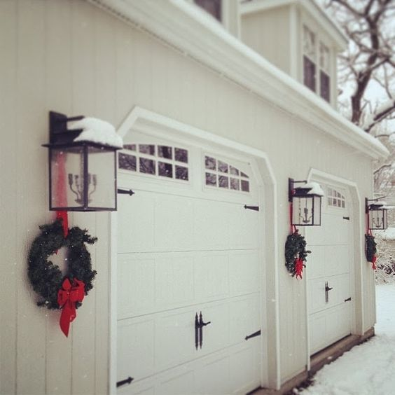 Christmas Garage Door Decorations Videos Tips And Ideas Hometalk