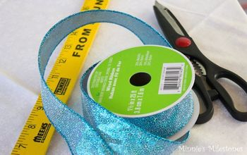 s use ribbon to decorate for christmas with these last minute ideas