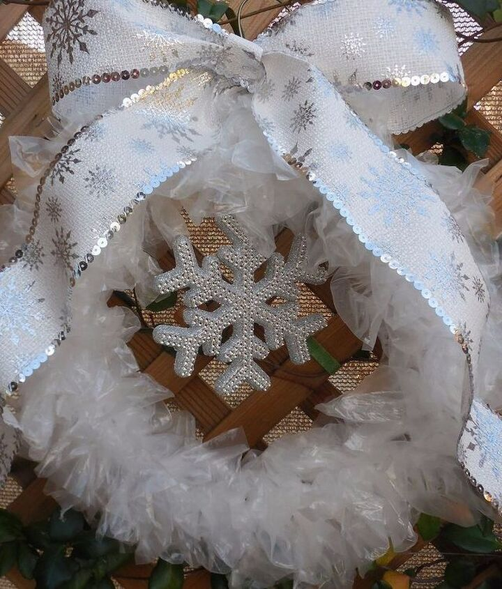 s 20 wintery wreath ideas that you ll want to make for your home, Simple Elegant Wreath