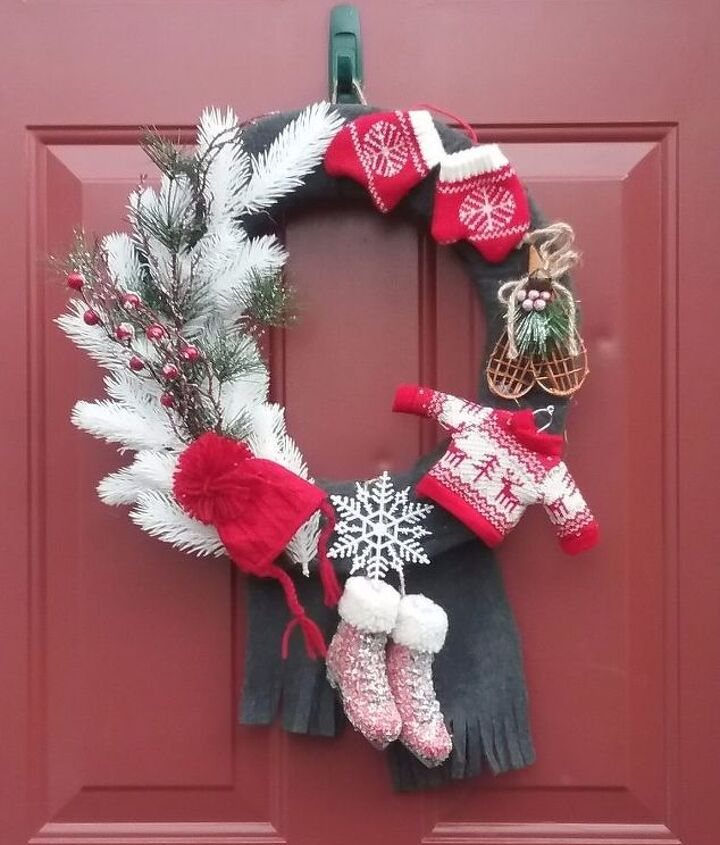 s 20 wintery wreath ideas that you ll want to make for your home, Classic Canadian Wreath