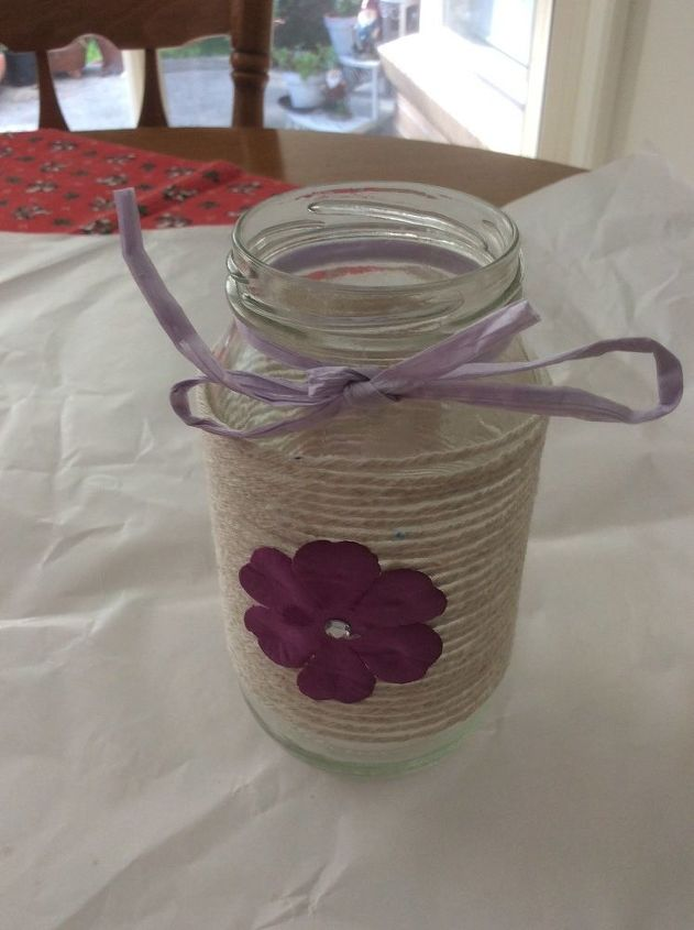 diy embellished glass mason jars with twine