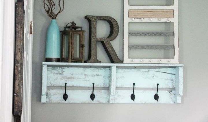 s cut up some pallets for these 20 amazing ideas, Easy Pallet Coat Rack