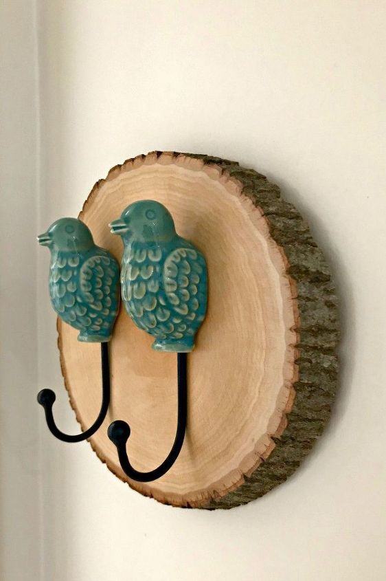how to make a simple diy wood slice wall hook