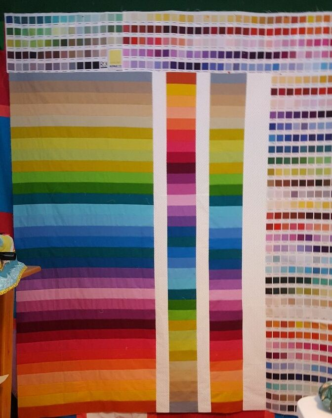 q clever and easy way to display quilts